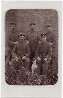 1. Weltkrieg, Soldaten mit Hund, Original-Photo, um 1915