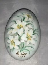 Noritake Bone China Annual Easter Egg, 2nd in Series 1972, Easter Lilies