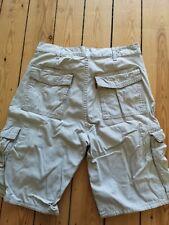 levis cargo shorts w30