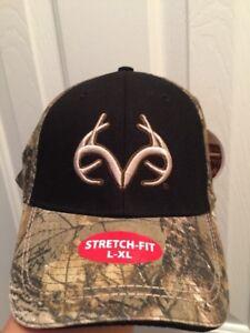 Realtree L-XL Hat Cap Camouflage Black Deer Rack Logo Stretch Fit Solid Back