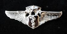US AIR FORCE FLIGHT SURGEON CHEIF PIN MILLITARY AVIATION PLANES HEALTH DEVICE