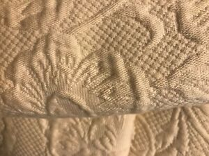 Lovely Full~Queen Quilted Coverlet Set with Shams  Cream/beige  Made In Portugal