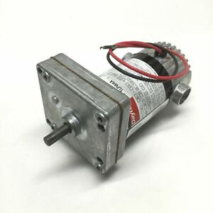"Dayton 1LPW4A DC Gearmotor 90VDC 1/30HP 47RPM, 26 in-lbs, 5/16"" Shaft, 62:1"