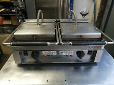 NO535 DOUBLE CONTACT GRILL RIBBED TOP AND SMOOTH BOTTOM...