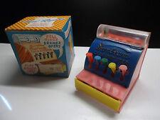 Ancienne petite caisse enregistreuse Cash register avec Boite TBE