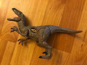 2015 Jurassic World  Velociraptor Raptor Action Dinosaur Figure JW