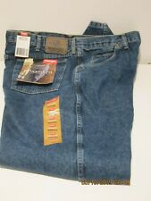 WRANGLER 40X32 RELAXED FIT MEDIUM STONE-WASH JEANS, NEW WITH TAGS FREE SHIPPING!