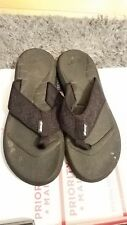 Men reef flip flops Size 9