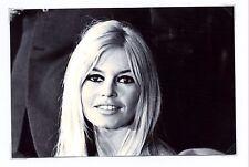 Le sourire de Brigitte Bardot en photo de 10x15 cm ** Célébrité de cinéma