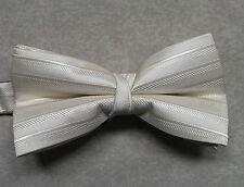 """NUOVO Lusso Papillon Da Uomo Papillon Scintillante design a righe beige chiaro 14"""" - 21.5"""""""