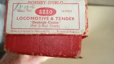 HORNBY DUBLO 2 RAIL STEAM LOCOMOTIVE 2220 CASTLE CLASS 4-6-0 DENBIGH CASTLE, BOX