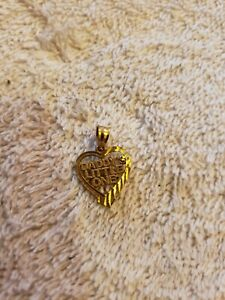 10KT Yellow Gold Daddy's Little Girl heart Pendant .4 grams