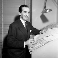 OLD CBS RADIO TV PHOTO News Reporter Edward R Murrow In His Office 1948 2