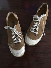 Clarks Originals Women's Shoes Size 7.5 EUC
