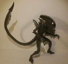 NECA AVP Alien Vs. Predator Series 7 WARRIOR ALIEN XENOMORPH Loose US Seller Toy