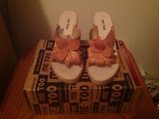 Me Too Sandals Shoes Size 8.5