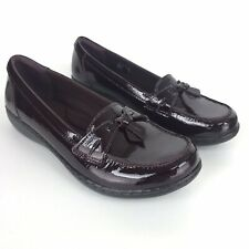 Clarks 9.5 Narrow Burgundy Ashland Bubble Patent Leather Slip On Loafers