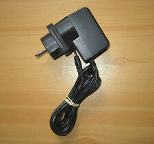 DVE Switching Adaptor DSA-0101F-05 UK Ladegerät Netzteil Transformator Trafo