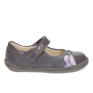 NEW Clarks  Girls  Grey Leather First Shoes UK Size 5.5-6.5 F/G