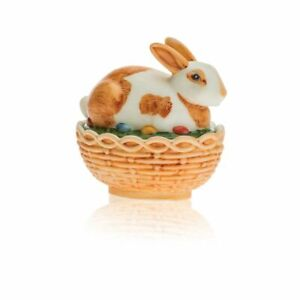 MOSSER GLASS BUNNY ON BASKET HAND PAINTED BROWN AND WHITE