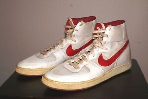 Rare Vintage 1980's NIKE LEGEND Basketball Shoes Signed NBA Player ALTON LISTER