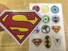 12 Super héros Logo Batman Superman sticker decal Scrapbook Fête Sac Sachet Bonbon