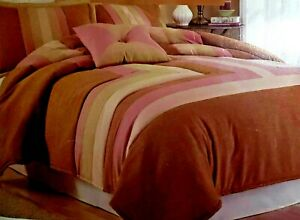 New and gorgeous LINDSEY 8-piece king size Luxurious Bed Ensemble by LIFESTYLES