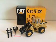Caterpillar IT 28 Industrielader von Conrad 2888 1:50 OVP