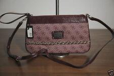 Unifarbene GUESS Damentaschen mit kleine