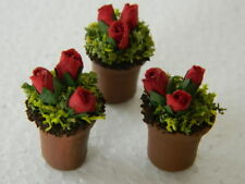 (G29) DOLLS HOUSE SET OF 3  MINI TERRACOTTA FLOWERS POTS WITH RED ROSES