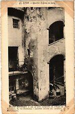 CPA LYON Escalier Renaissance á vis et arcs rampants de l'Hotel Petit (443029)