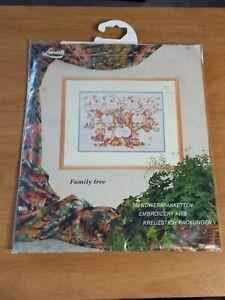 Lanarte Teddies Family Tree 3 Generations First Name DOB Cross Stitch Kit