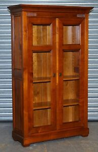 FRENCH CHERRYWOOD DISPLAY CABINET WITH ADJUSTABLE SHELVES