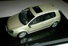 car 1/43 AUTOART 1K9099300BD1W VOLKSWAGEN GOLF V 4doors 2004 SILVER NEW BOX
