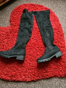 Ladies Over The Knee Boots Size 7