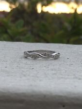0.13 Cts Dimaonds Infinity Twist Stackable Wedding Band 14k White Gold (G/H - SI