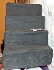 Home Base pet steps soft high density foam dog cat dark gray 0-25 lbs new