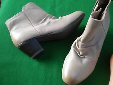 LADIES  NEW HUSH PUPPIES MUSHROOM LEATHER ANKLE ZIP MID HEEL BOOTS SIZE 8/39