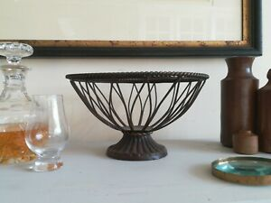 Vintage Metal Fruit Bowl basket Very hefty strong well made
