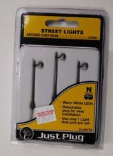"Woodland Scenics ""Just Plug"" Lighting 5639 * N Scale Arched Cast Iron Street lts"
