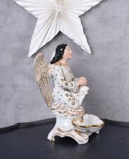 sakrale Skulptur betender Engel Renaissance Weihwasserbecken