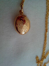 22ct GOLD PLATED over Silver LOCKET 14X19mm, opens