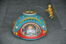 Vintage Battery MT Trademark Litho Friendship Astronaut Spaceship Tin Toy,Japan