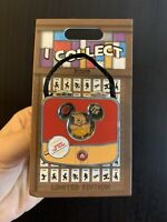 Disney I Collect -Winnie the Pooh- Pin Bag Of the Month LE 2000 NEW