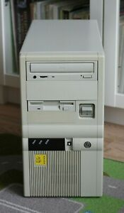 Vintage retro DOS gaming - PC Intel i486DX2 66HMz with VLB graphic card