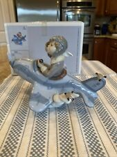 Lladro 5697 Over The Clouds w/ Original Box - Mint Condition