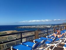 Holiday apartment-South Tenerife Sea front location- free wifi