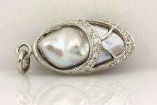 Platinum ballerina slipper pendant baroque pearl round diamond white 5.26 grams