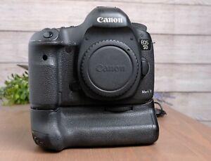 Canon EOS 5D Mark III 22.3MP Digital SLR Camera - Black Body with Grip - *READ*