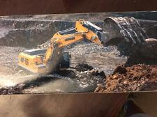 02-1556 Liebherr R970 SME Hydraulic Excavator - 1/50 Die-cast - NEW